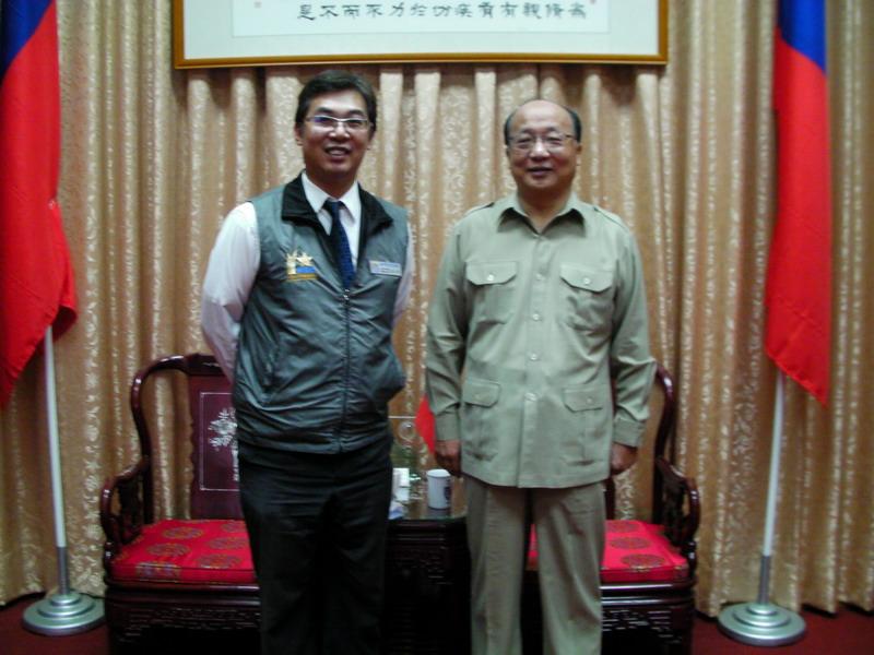2010與胡志強市長合照