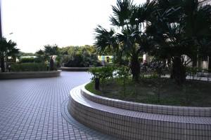 海岸新都 大樓中庭