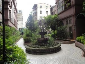 高登屋 高登屋中庭社區照片,僅介紹環境使用