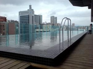 阿曼-仁愛A+ 頂樓泳池