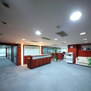 1-2人小型辦公室~東區~優質秘書服務,交通便捷,免費會議室