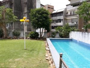 天母泳池庭院別墅