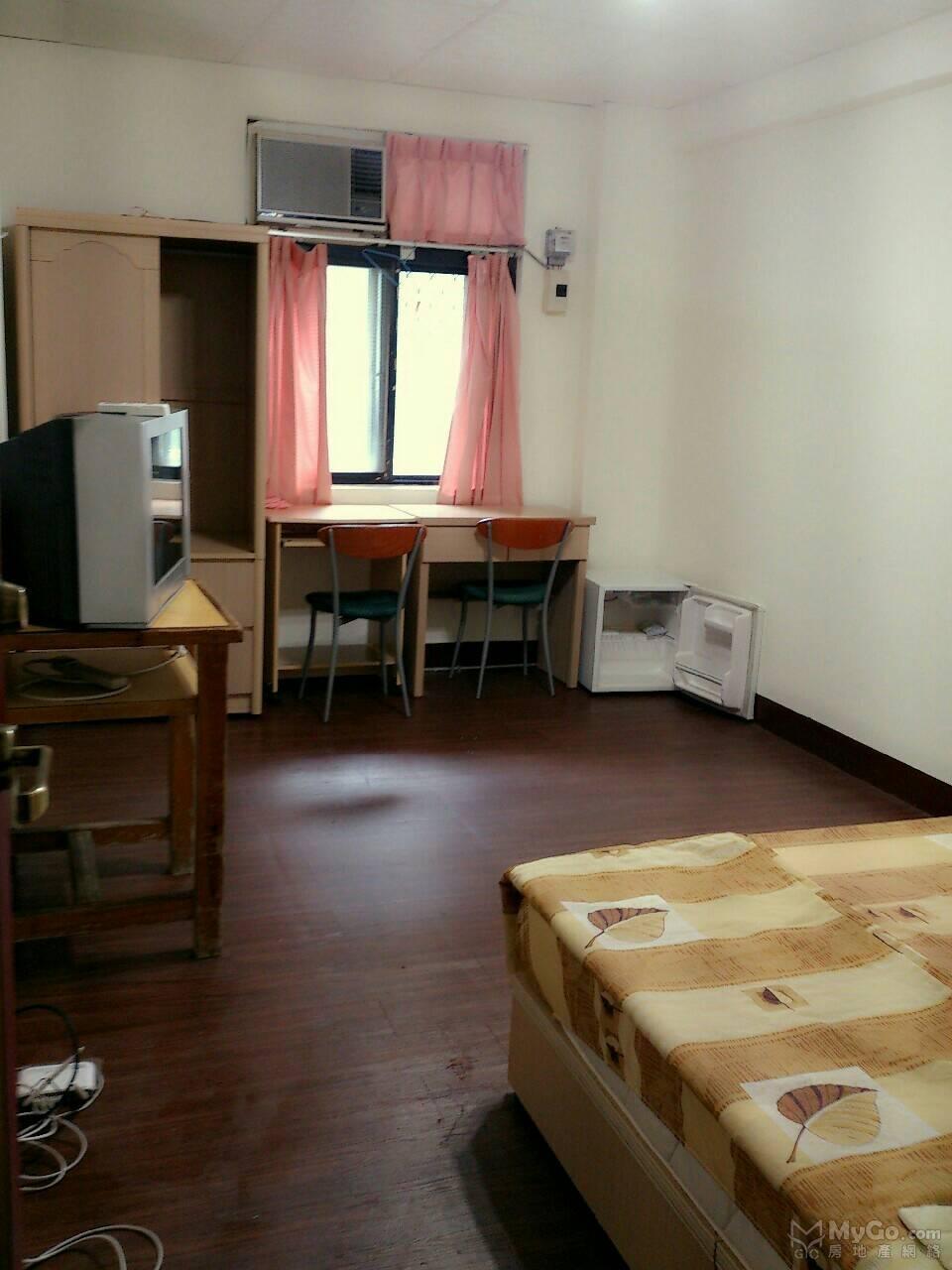 竹圍捷運投資公寓低公設大房大廳出售